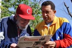 Chávez y Castro leen el Granma
