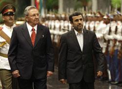 Ahmadinejad Raul Castro