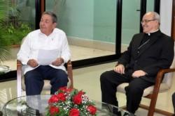 Jaime Ortega y Raul Castro